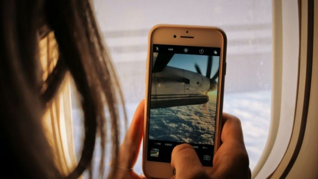 How to start vlogging with Mobile Phone